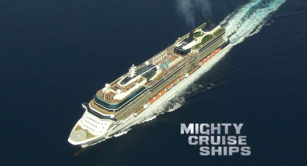 Mighty Ships, Discovery - by Helicopter